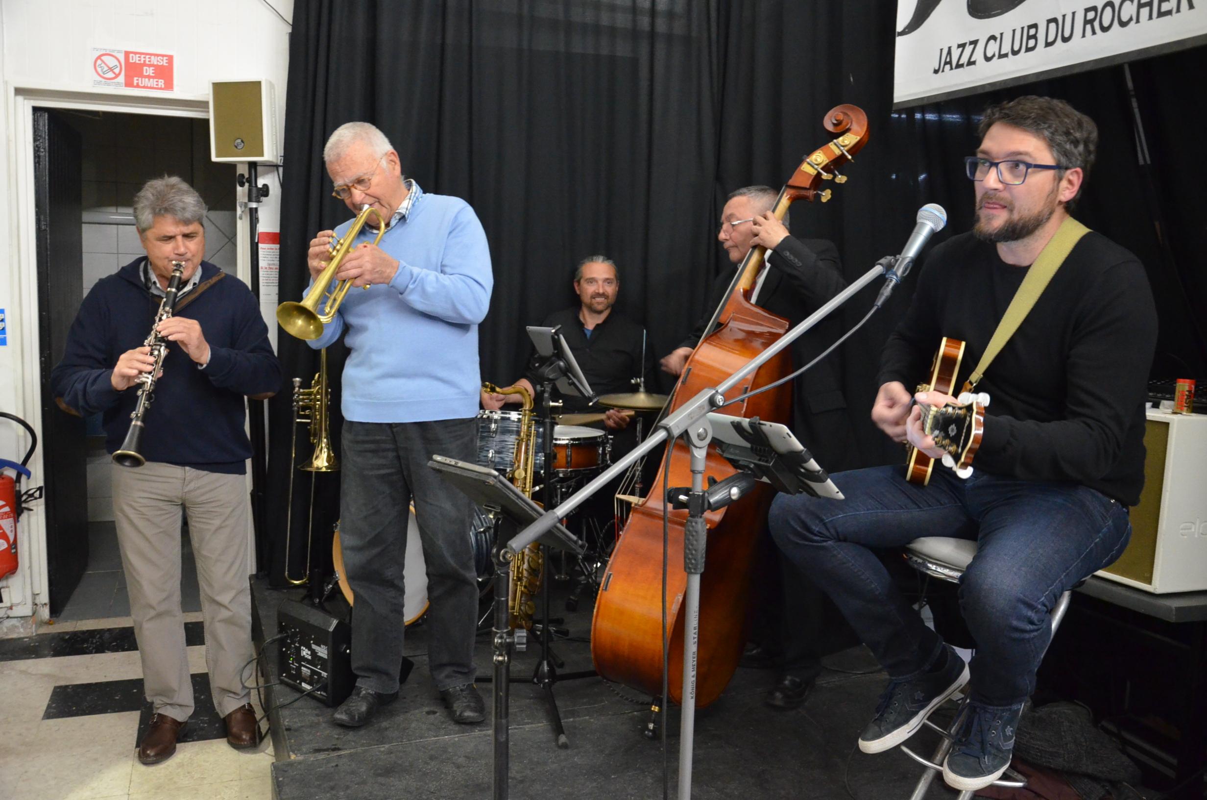 Jacques Sallent à la trompette, Michel Cabrera à la contrebasse